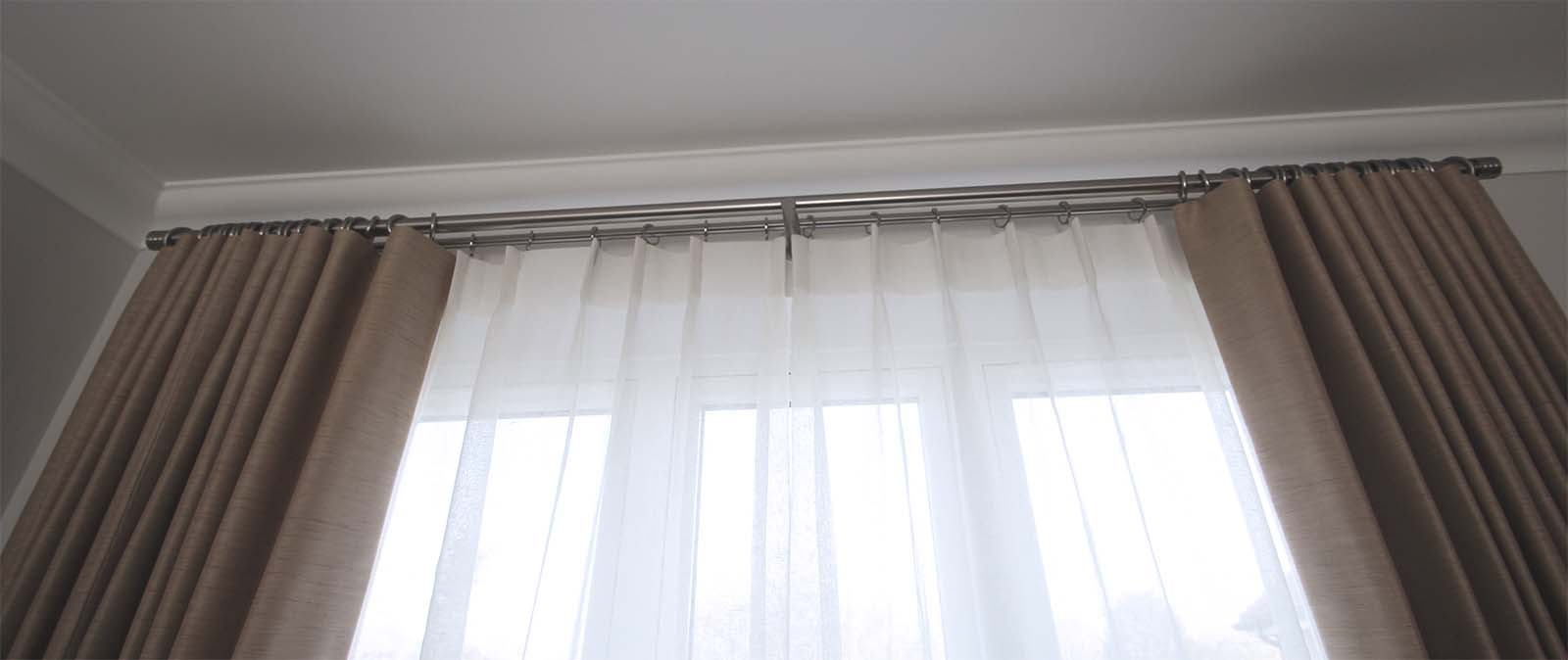 Double Wave Curtain, Taylor and Paix Interiors